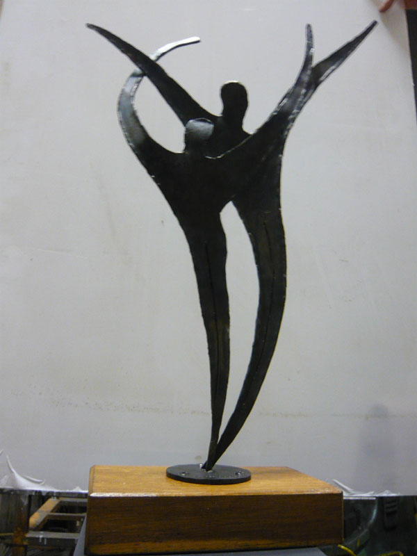 Sculture in ferro moderne